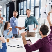 8 Ways to Create a Motivating Business Environment
